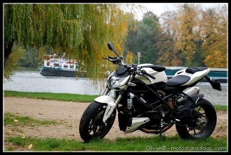 Essai - Ducati Streetfighter : Sportive roadsterisée...