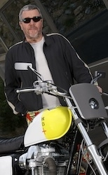 Kawasaki W800 façon Starck: le Boxer Design