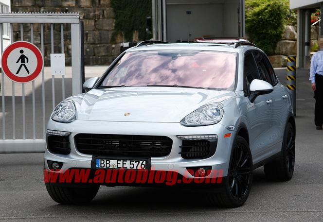 Surprise : le Porsche Cayenne restylé se montre déjà