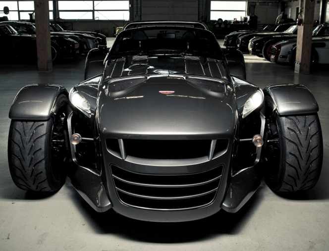 donkervoort obtient l 39 homologation europ enne pour sa d8 gto. Black Bedroom Furniture Sets. Home Design Ideas