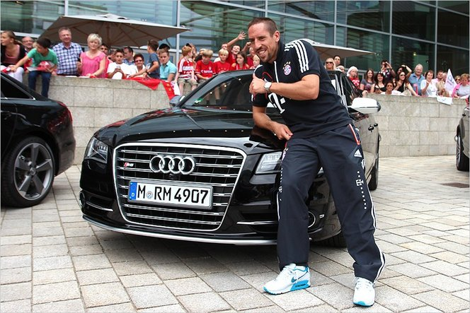 Mondial 2014 Le Garage Des Bleus Franck Ribery