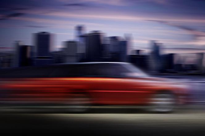 Land Rover tease le nouveau Range Rover Sport