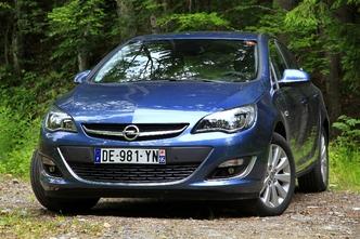 Nouvelle Opel Astra Berline : en avant-première, les photos de l'essai
