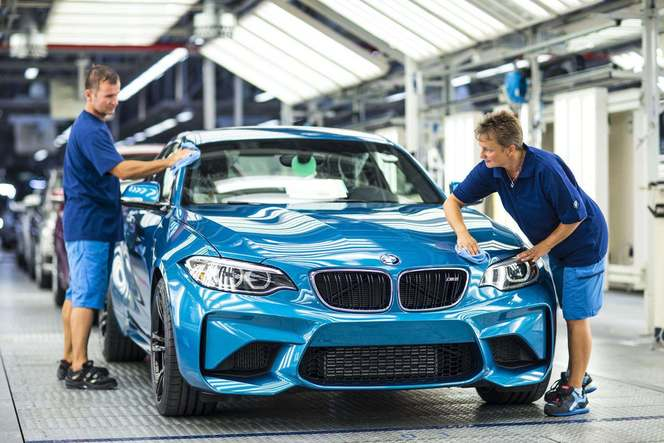 BMW M2 : les premiers exemplaires sortent des chaînes