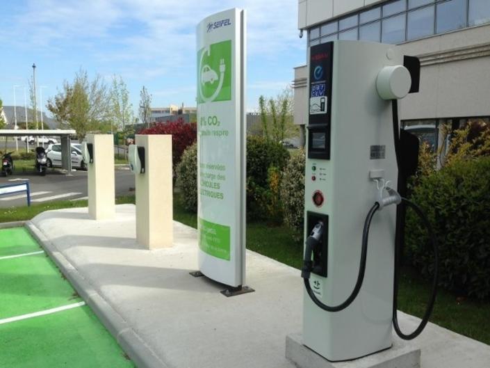Voiture électrique : la France et l'Europe battues d'avance ? S1-voiture-electrique-la-france-et-l-europe-battues-d-avance-585811