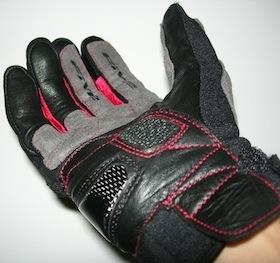 Essai Five Stunt: un gant tout en souplesse.