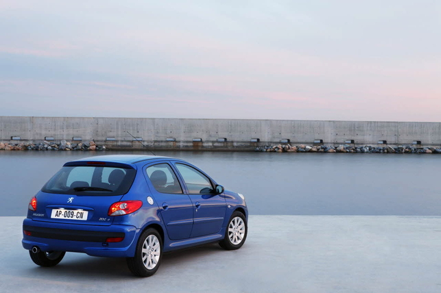 La nouvelle Peugeot 206+ ?  110 g CO2/km