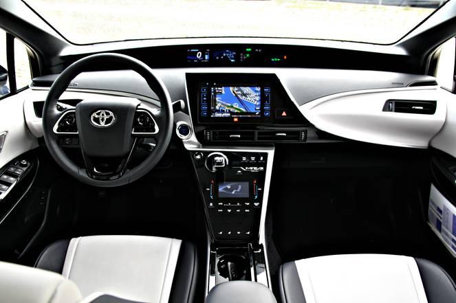 Essai vidéo - Toyota Mirai : l'hydrogène pour tous (ou presque)