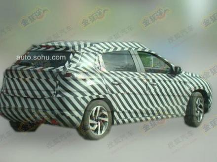 """Le futur Citroën C-XR """"chinois"""" surpris"""