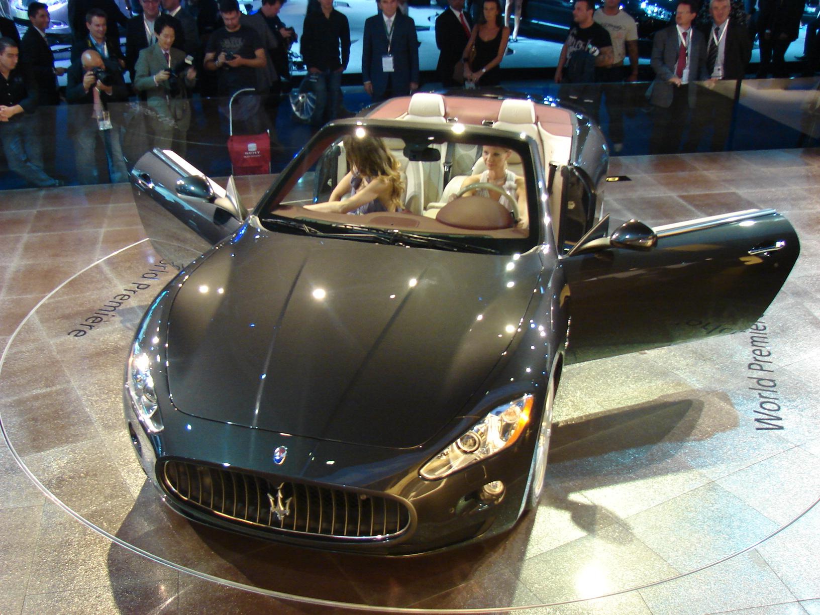 maserati gran cabrio le premier cabriolet 4 places de maserati. Black Bedroom Furniture Sets. Home Design Ideas
