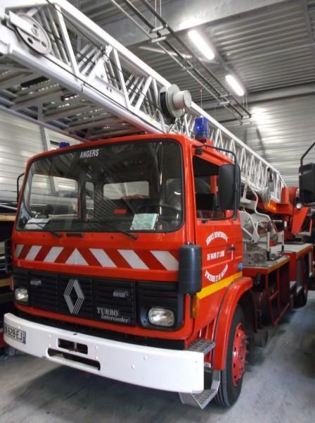 Faites plaisir aux enfants, achetez un camion de pompier