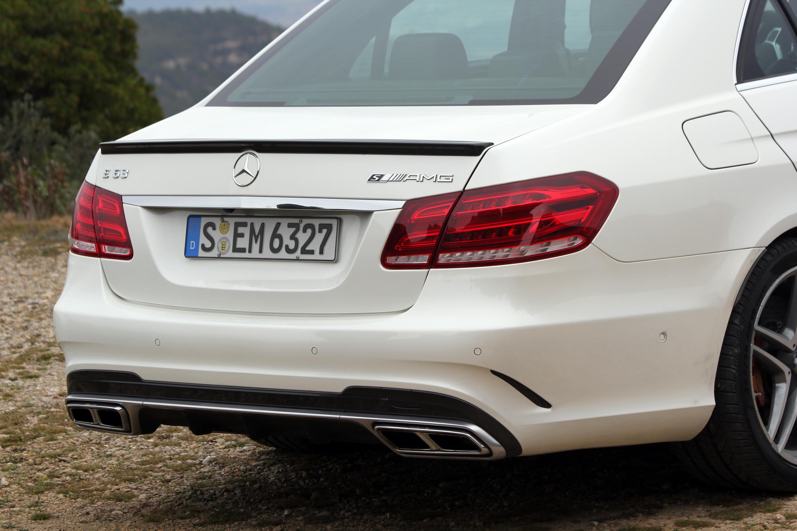 Logo Mercedes Arriere