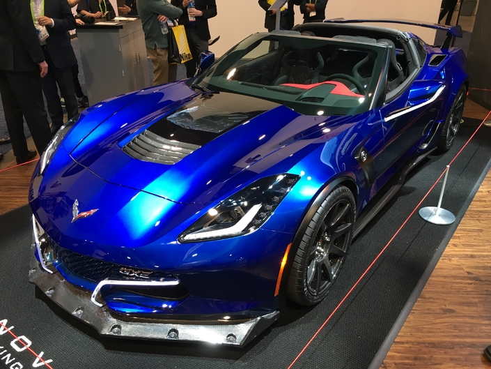 genovation gxe une corvette lectrique de 800 ch vid o en direct du ces las vegas 2018. Black Bedroom Furniture Sets. Home Design Ideas