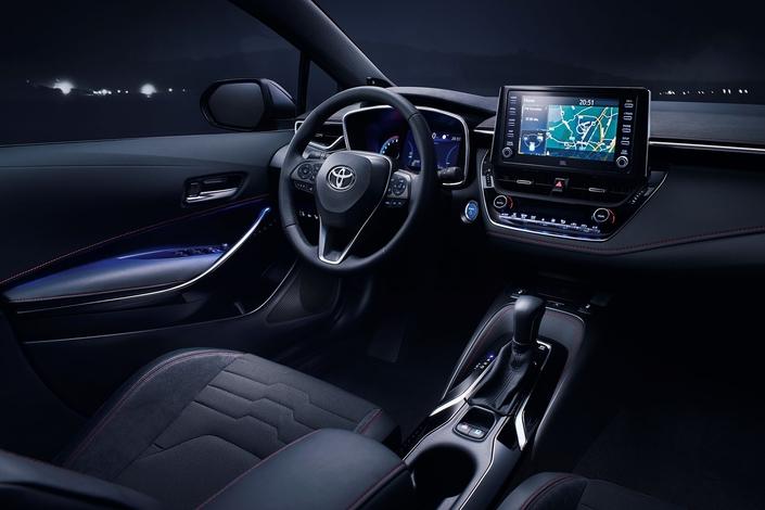 La Toyota Corolla arrive en concession : main de velours dans un gant de fer
