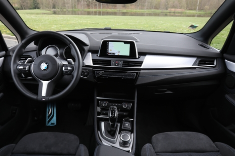 Comparatif - Mercedes Classe B vs BMW Série 2 Active Tourer : chères familles