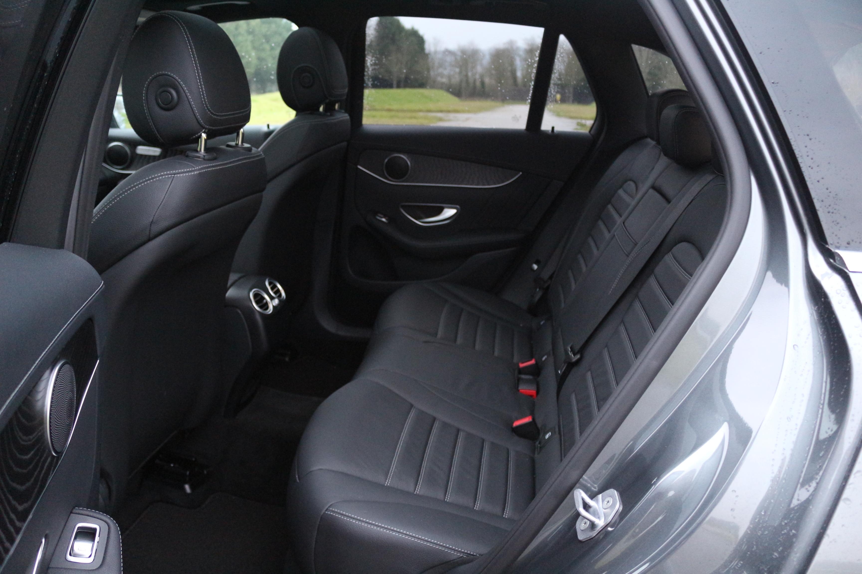 essai mercedes glc 350 e que vaut l 39 hybride rechargeable le plus vendu en france. Black Bedroom Furniture Sets. Home Design Ideas