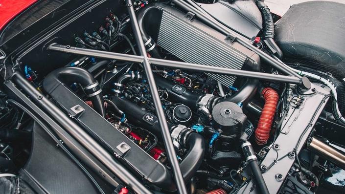 Ferrari devoile la P80/C