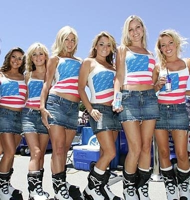 Les demoiselles du paddock: Laguna Seca