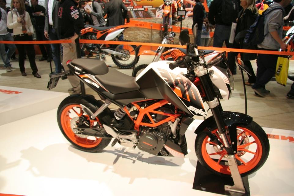 En direct de Milan : KTM Duke 390