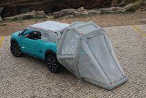 une tente à structure gonflable s'installe en 5 minutes