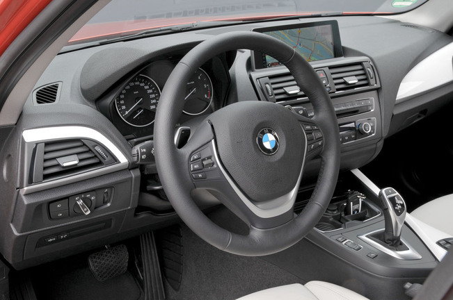 Bmw s rie 1 for Interieur serie 1