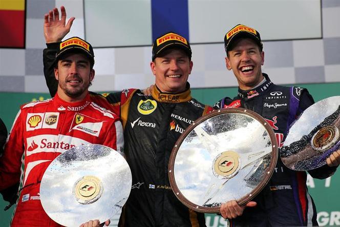 F1 Australie : Kimi Räikkönen (Lotus) s'impose d'un pneu