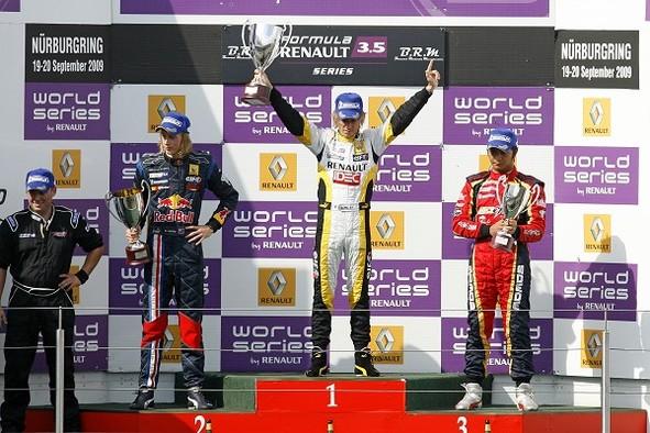 Formule Renault 3.5 : Bertrand Baguette champion
