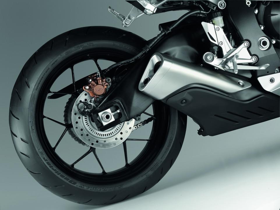 Nouveauté 2012 : Honda CBR 1000 RR Fireblade [+fiches techniques]