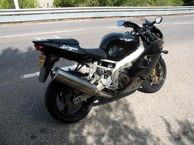 Essai Kawasaki ZX-9R 2003 : la retraite du Ninja