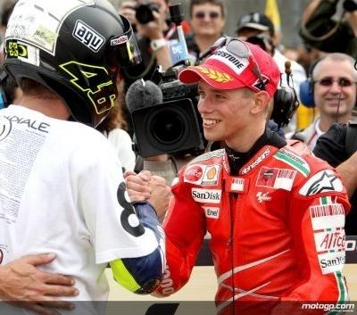 """Moto GP - Rossi Champion du Monde 2008: """"Stoner est sans doute le rival le plus dur que je n'ai jamais eu à affronter"""""""