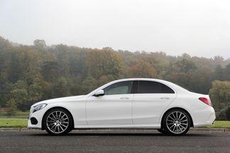 Comparatif - vidéo : Jaguar XE vs Mercedes Classe C : candidats aux européennes