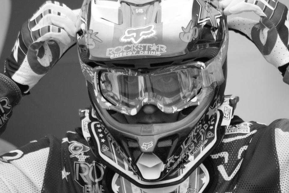 MXDN 2011 - St Jean d'Angely :  paddock, pré-grille et ambiance