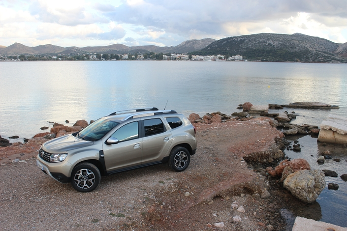 Le Dacia Duster arrive en concession : on the road again
