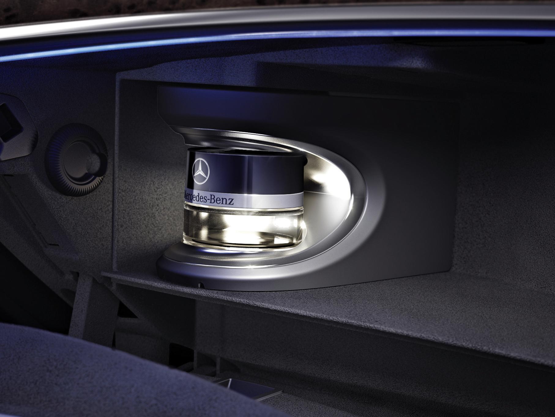 Connu Mercedes Classe S : Caradisiac vous invite au coeur des secrets de  WF55