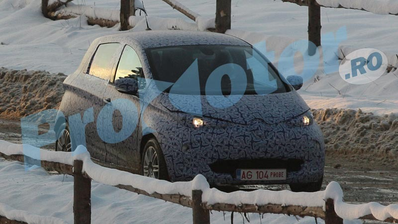 S0-Surprise-Renault-Zoe-se-promene-251491
