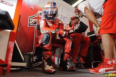 Moto GP - Australie: Stoner commence fort