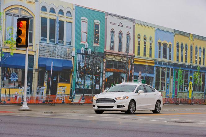 Ford teste son prototype de voiture autonome