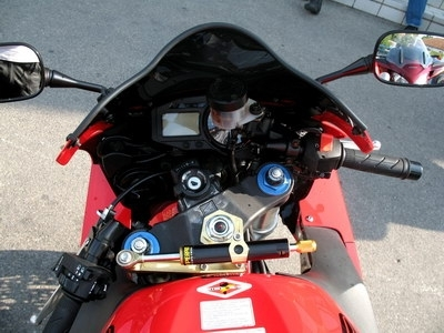 Essai CBR 954 RR 2002 : le tranchant de la lame