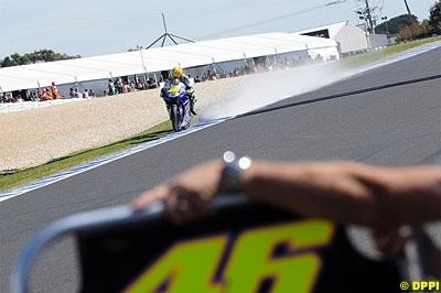Moto GP - Australie: Rossi, du bonheur à la douleur