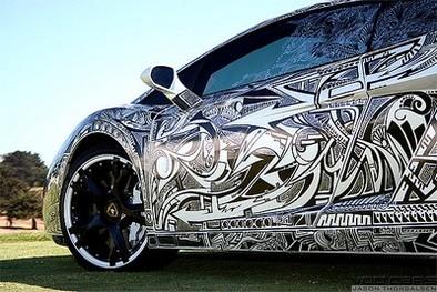 BMW Artcar, lorsque la passion du tatouage rejoint celle de l'automobile
