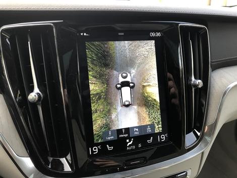 La V60 dispose d'un catalogue plus fourni, à l'image de cette caméra 360°.