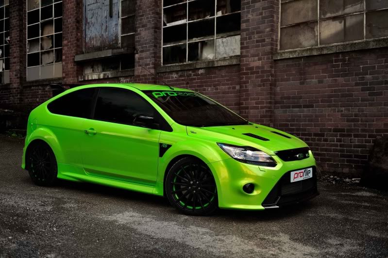 ford focus rs profile automotive 350 chevaux et une sonorit sympathique vid o. Black Bedroom Furniture Sets. Home Design Ideas