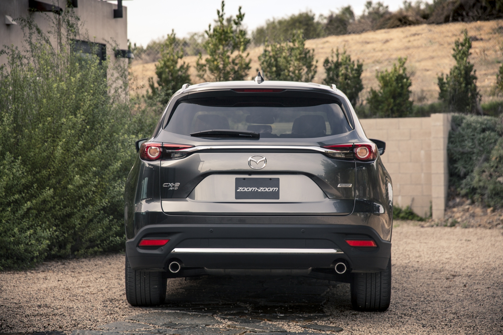 [Image: S0-Salon-de-Los-Angeles-Mazda-le-CX-9-of...366771.jpg]