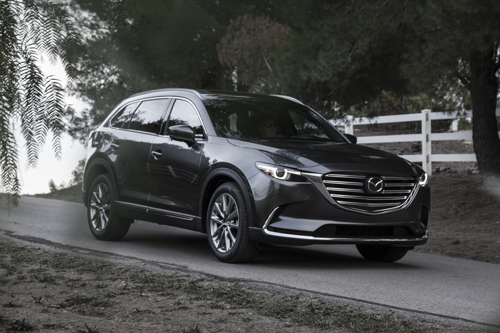 [Image: S0-Salon-de-Los-Angeles-Mazda-le-CX-9-of...366777.jpg]