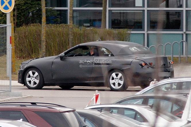 Surprise : une Mercedes Classe C cabriolet