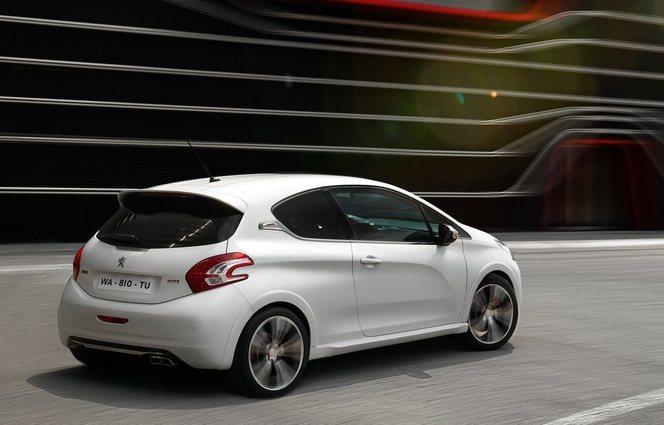 La 208 rate ses objectifs, elle ne sauvera pas Peugeot