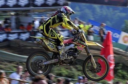 Motocross : GP de Loket, Tanel Leok s'impose à Antonio Cairoli