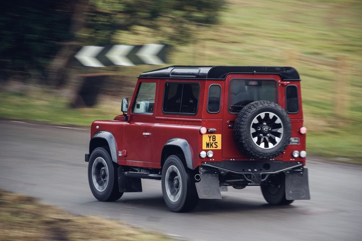 Le (vrai) Land Rover Defender est de retour