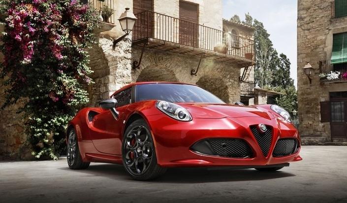 Alfa Romeo 4C Edizione Speciale : des équipements gratos !