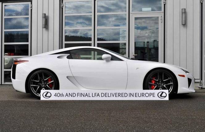 La toute dernière Lexus LFA a été livrée